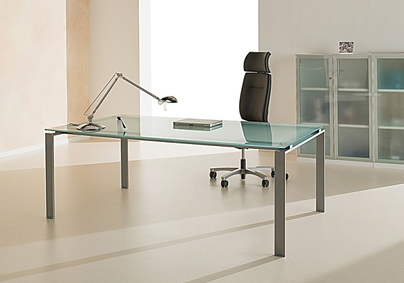 Table de bureau direction en verre sablé dépoli lagon